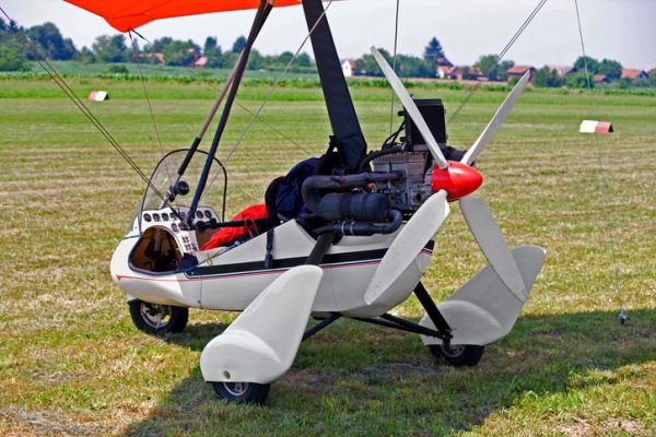 ala delta con motor